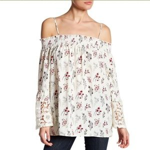 Pleione Off-the-Shoulder Lace Bell Sleeve Blouse